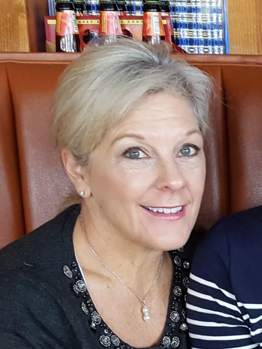 Lori Grewe Broeker
